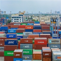 Domestic firms boost exports, trade surplus